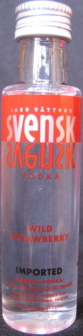 Svensk vodka wild strawberry